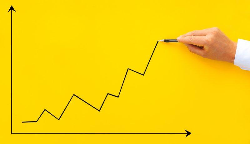weboldal látogatottság növekedés grafikon